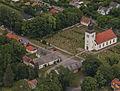 Kastlösa kyrka från luften.jpg
