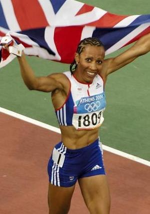Kelly Holmes - Image: Kelly Holmes at Athens 2004 cropped