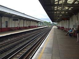 Kenton station look south