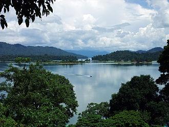 Kenyir Lake - Image: Kenyir Lake 1
