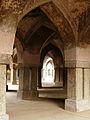 Khirki Masjid Arch detail (3010357810).jpg