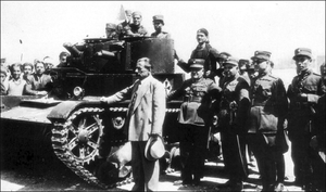 1935 Greek coup d'état attempt - Minister of Military Affairs Georgios Kondylis with a tank shortly before the coup attempt