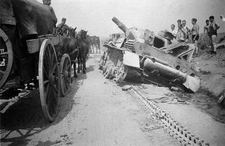 Kowno Panzerschlacht 1941 02 (RaBoe)
