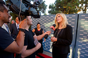 Kristen Johnston - Kristen Johnston Speaks with the Media - 2014 Voice Awards
