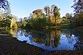 L'étang en automne au parc Tournai Solvay (22551446899).jpg