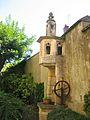 La Châtre puits gothique.jpg