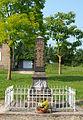La Neuville-à-Maire-FR-08-monument aux morts-06.JPG