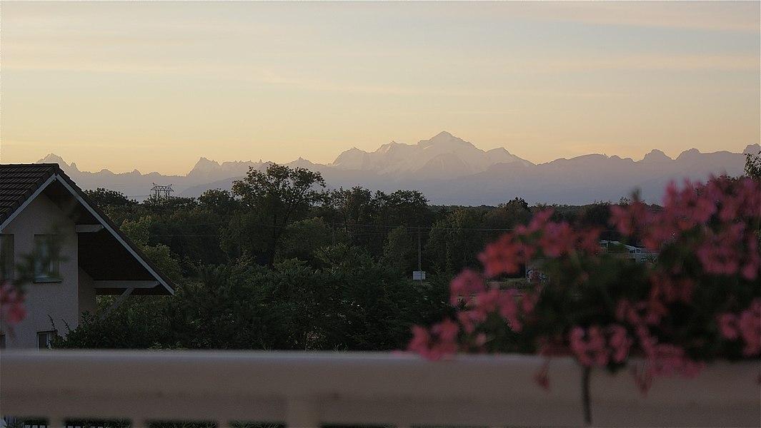 Le Mont Blanc à l'aube
