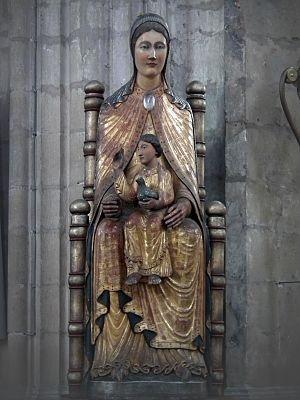 Sedes Sapientiae, Leuven - Image: Leuven, St. Peterskerk 011