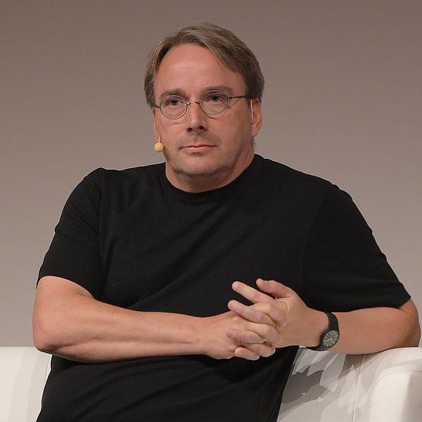 File:LinuxCon Europe Linus Torvalds 05.jpg