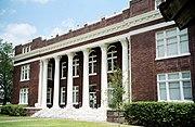 Live oak courthouse