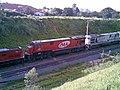 Locomotivas em manobras no pátio da Estação Ferroviária de Itu - Variante Boa Vista-Guaianã km 201 - panoramio.jpg