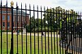 London - Kensington Gardens - View North on King William III Statue & Kensington Palace.jpg