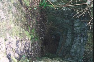 Belle Vue Quarry - Looking down into the quarry