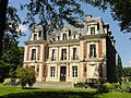 Louvres (95), château 1.jpg