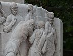 Lueger-Monument Vienna - side figures and reliefs-6423.jpg