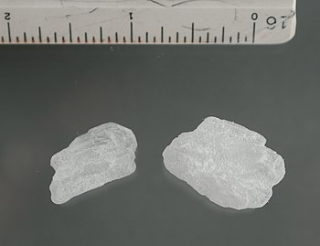 English: Crystal methamphetamine