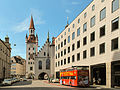 München, das Alte Rathaus D-1-62-000-4289 vanuit die Sparkassenstrasse 2012-08-05 14.48.jpg