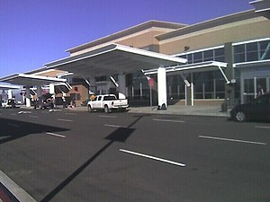 Rogue Valley International–Medford Airport - Rogue Valley International—Medford Airport terminal, c. 2009