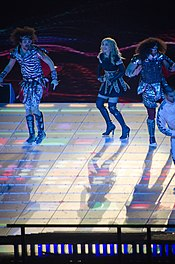 175px-Madonna_Super_Bowl2