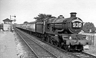 Cathedrals Express - Down Cathedrals Express at Maidenhead in July 1959, hauled by Castle class 5071 Spitfire