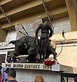 Manolo's Statue - Plaza Mexico.jpg