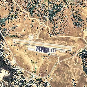 Mariposa-Yosemite Airport - California.jpg