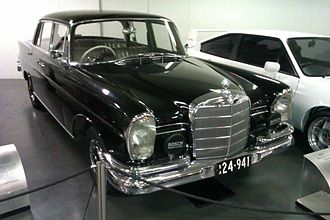 Australian Motor Industries - 1961 Mercedes-Benz 220SEb assembled by AMI