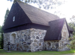 Messukylä Old Church.jpg