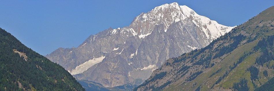Вид на вершину Монблан из Ла-Саля