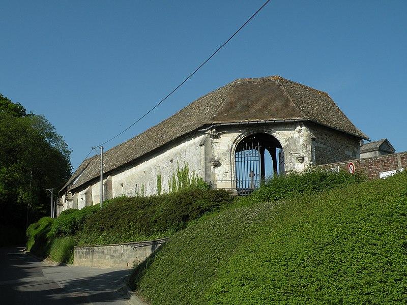 L'aître de Brisgaret à Montivilliers vu depuis la rue Aldric Crevel.