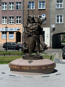 Monument of Swietopelk II the Great in Szeroka Street in Gdańsk.jpg