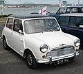 Morris Mini Cooper S (1963) 1071cc (34432403365).jpg