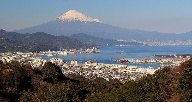 ファイル:Mount Fuji and Port of Shimizu from Nihondaira.jpg