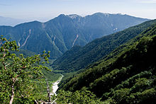 Mt.Ho-osan from Okambazawa 04.jpg