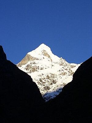 Nilkantha (mountain) - View of Mt. Nilkantha from Badrinath