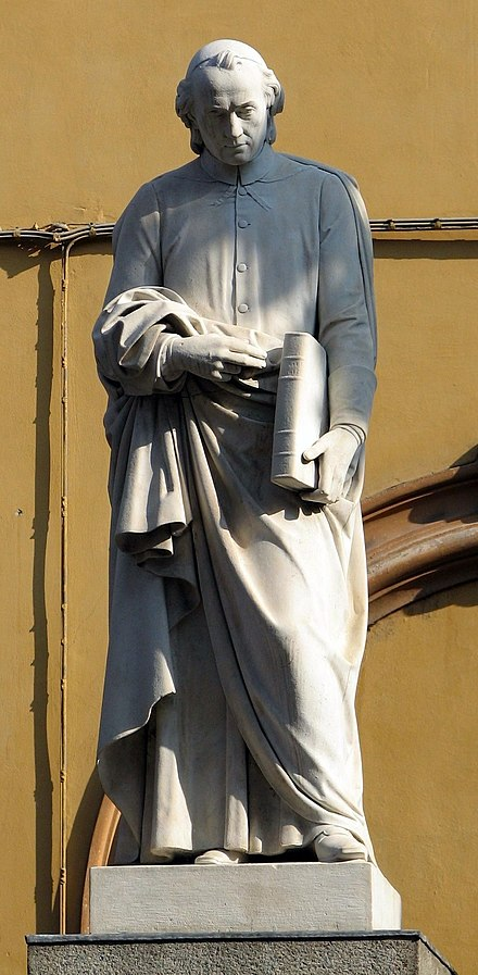 The statue of Muratori in Modena.