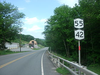 New York State Route 55 - Signage along NY 55 in Curry with a reassurance marker for NY 42, giving the false impression that an overlap still exists between the two routes