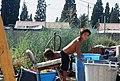 """Niños en una zona autónoma (""""vacie"""") R001-014.jpg"""