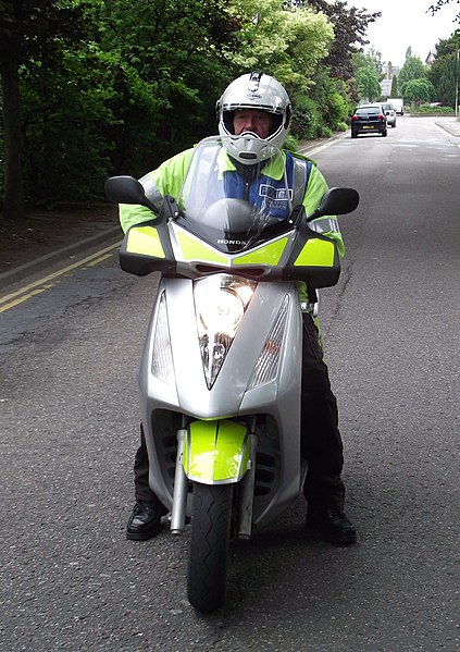 File:Northern Constabulary Honda Scooter (Traffic Wardens) (1).jpg