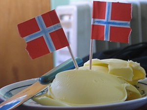 Norwegian butter crisis - A plate of Norwegian butter served as a spread on Norwegian Constitution Day