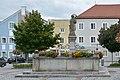Obernberg aI Marktplatz Brunnen.jpg