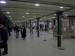 Oktogon station entrance.jpg