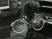 Bestand:Opvouwbare fiets.ogv