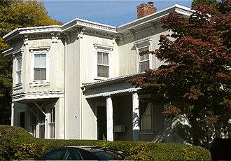 Orange Street Historic District - Image: Orange St.3