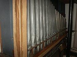 Orgel Patzmannsdorf Pedalpfeifen.jpg