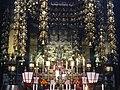 Osu Kannon Haupthalle Innen Altar 09.jpg