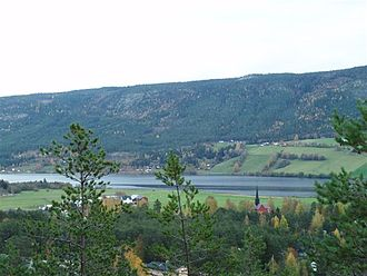 Rendalen - Otnes village and Lomnessjøen