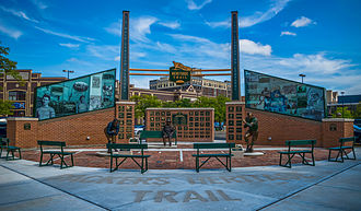 Packers Heritage Trail - Packers Heritage Trail Plaza