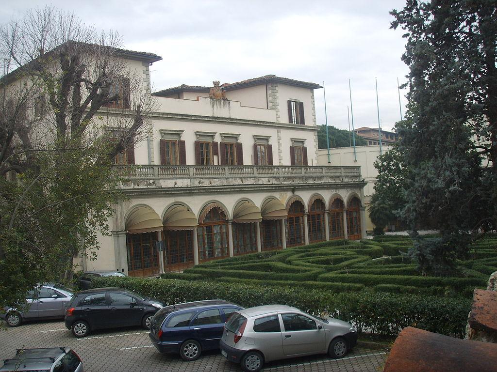 File palazzo di valfonda giardini jpg wikimedia commons - I giardini di palazzo rucellai ...